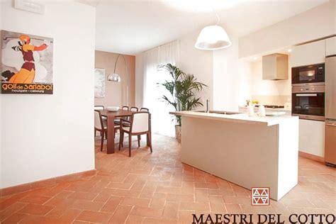 pavimenti per moderne pavimento in cotto per moderne maestri cotto