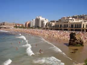 mil formas de viajar visitar biarritz