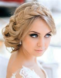 15 casual wedding hairstyles for long hair fashionspick com