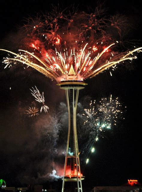 new years events in seattle file seattle new years fireworks 2011 8 jpg
