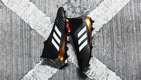 Sepatu Bola Adidas Predator 18 adidas launch the predator 18 football boots soccerbible