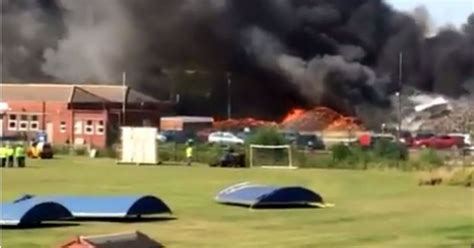 lincoln recycling centre 40 firefighters tackle engulfing recycling