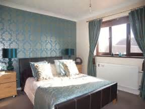 silver bedroom decorating ideas
