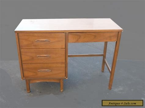 Mid Century Modern Desks For Sale Vintage Mid Century Modern Style Four Drawer Solid Wood Writing Desk For Sale In United