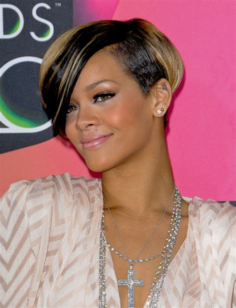 how to cut black hair in a bob pictures short bobs for black women 2013 rihanna short