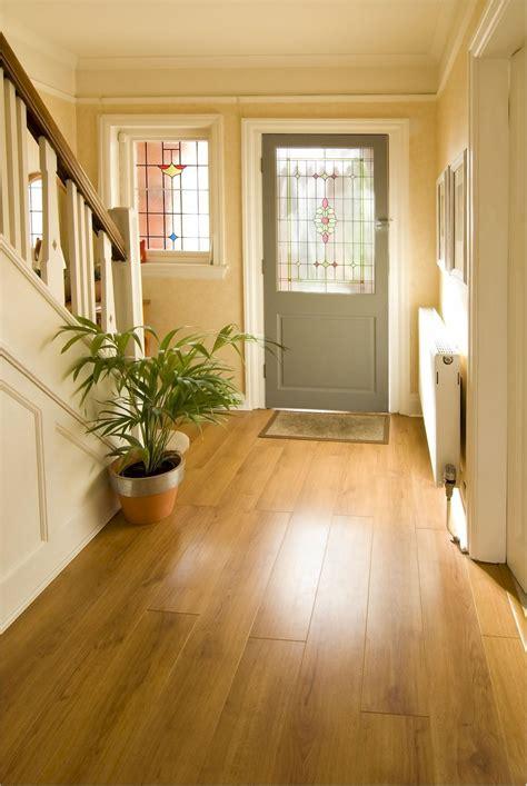 foyer of a house im hausflur gilt die verkehrssicherungspflicht mein bau