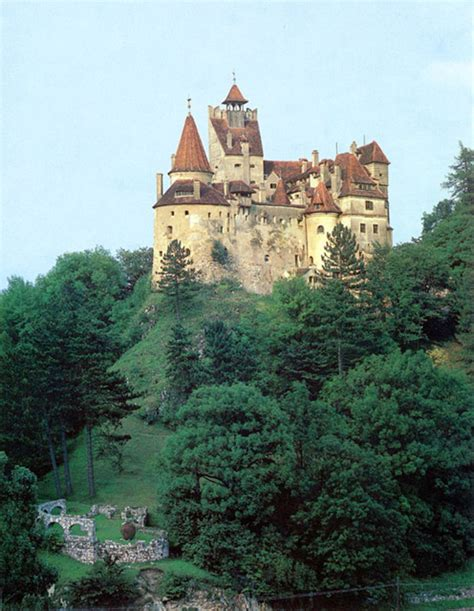 bram castle castelul bran bran castle historic houses in the