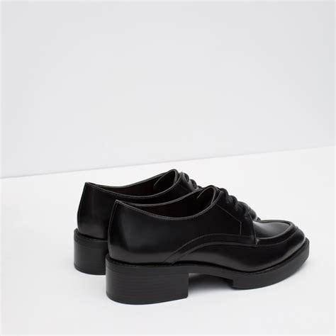 Flat Shoes Zara Ks030 Black zara flat lace up shoes in black lyst