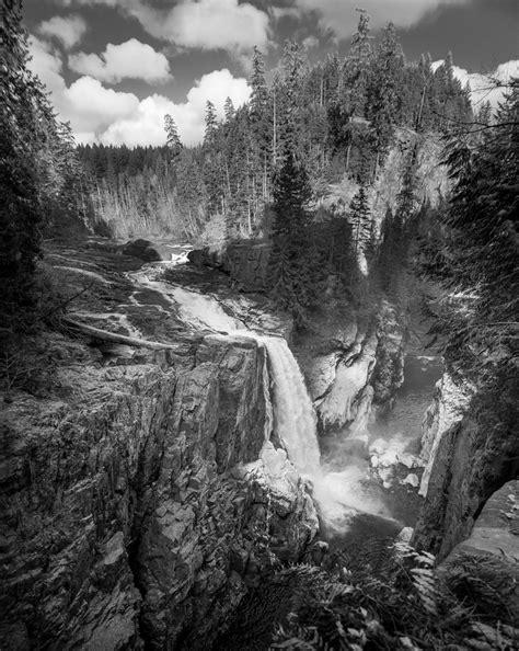 Vertical Black black and white nature photos vertical www pixshark