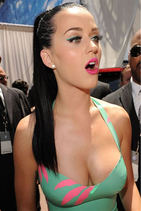 Katy Perry Plastic Surgery Before And After Breast Implants   Nose Job