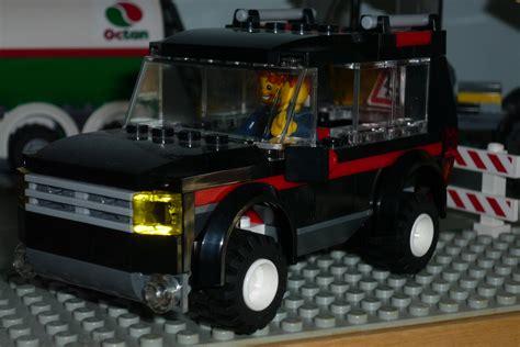lego city jeep lego city 7635 4wd with trailer i brick city