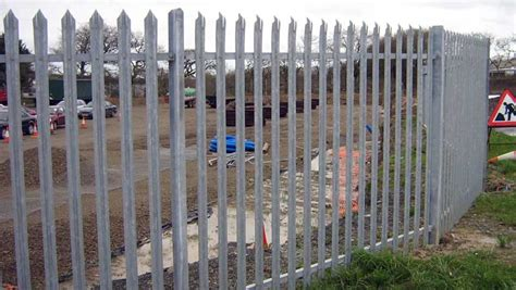 security fencing secure fence palisade fencing security