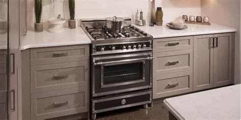 armoires de cuisine usag馥s c 244 te est cuisine polyester quartz