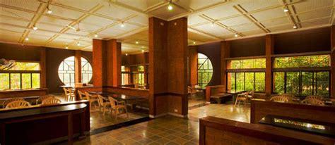 eateries community dining halls restaurants  cafes