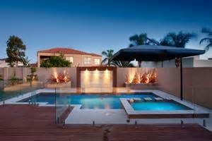 Backyard Paving Swimming Pool Amp Landscaping Advice By Pools Amp Spas Online