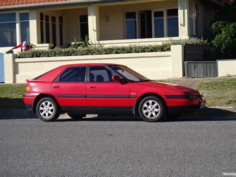 how does cars work 1993 mazda 323 head up display file 1993 mazda 323 bg series 2 astina sp 5 door hatchback 5656910198 jpg wikimedia commons