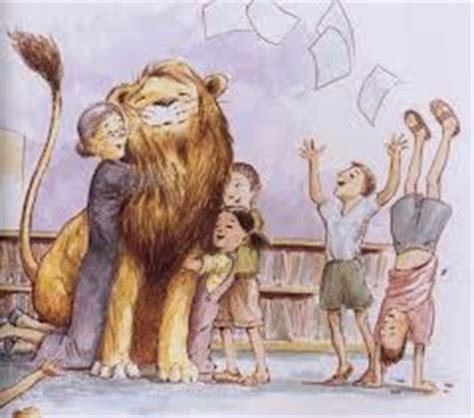 libro library lion noches de cuento le 243 n de biblioteca michelle knudsen kevin hawkes