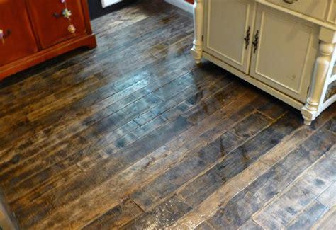 Barnwood Hardwood Flooring by Barnwood And Bangles Reclaimed Wood Kitchen Floor