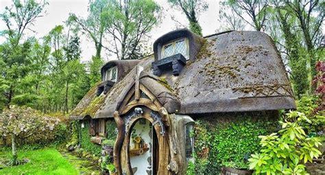 Fan Evcoss un fan 233 cossais du seigneur des anneaux reproduit la maison du hobbit