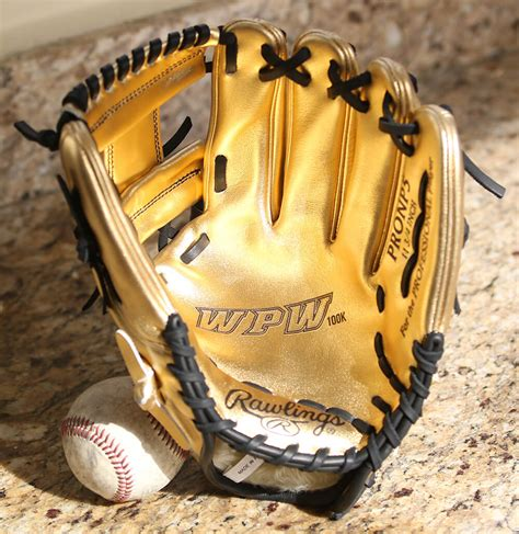 Gold Giveaway - what pros wear wpw 100k gold glove giveaway what pros wear