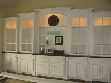 Show Cupboards - something like the built in i want to build in the dining