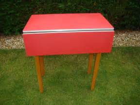 1960 Kitchen Table Vintage Retro 1960 S Formica Drop Leaf Kitchen Table No Reserve Ebay