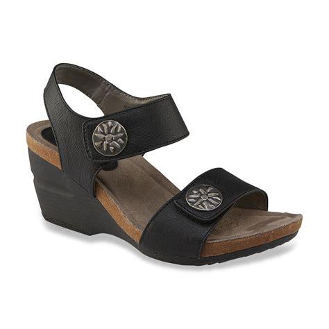 i comfort shoes i love comfort women s vera black wedge sandal shoes