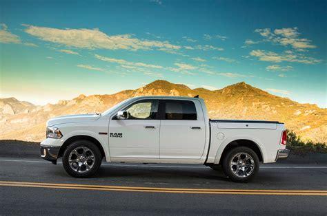 dodge ram 2014 fuel economy 2014 dodge ram 1500 ecodiesel records best fuel economy rating