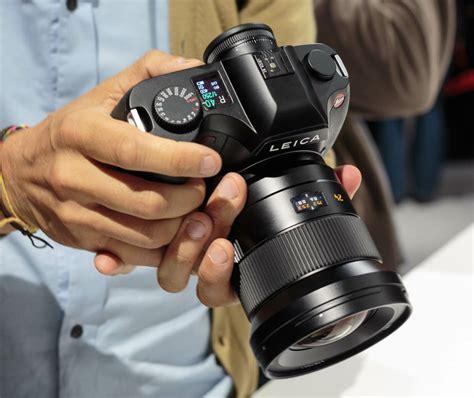 Pasaran Kamera Leica nature astungkara anemoto