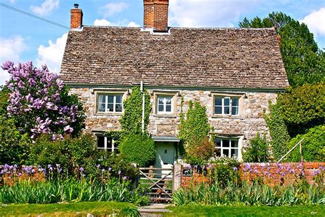 Country Cottages by 10 Of The Best Cosy Country Cottages