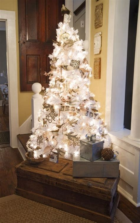 Decorated White Tree Images by 33 Chic White Tree Decor Ideas Digsdigs