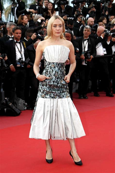 Sevigny Looking As Usual In Cannes by Look Delle A Cannes 2018 Foto Stylosophy