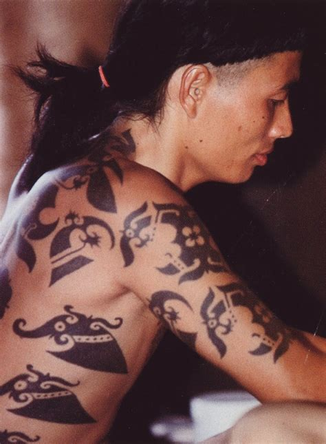 dayak tattoo images which is the third book in the twilight series