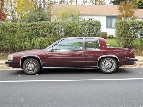 1985 cadillac coupe curbside classic 1991 cadillac fleetwood coupe turning