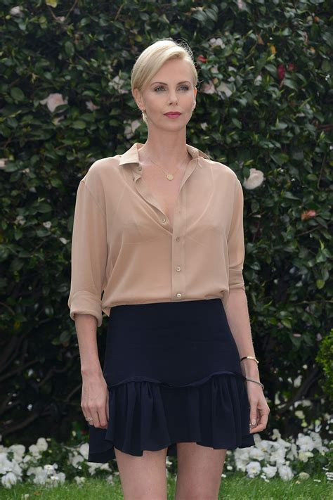 Promo Blouse Berline Navy charlize theron the huntsman and the