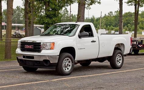 how petrol cars work 2011 gmc sierra 2500 free book repair manuals gmc sierra 2500hd information and photos momentcar
