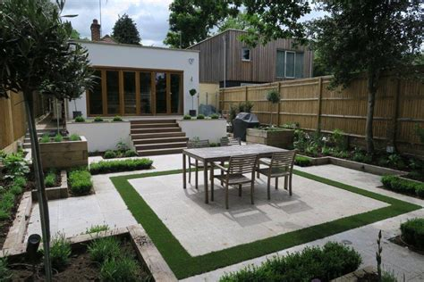 small paved garden ideas small contemporary paved garden new leaf landscape gardener
