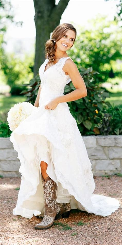 Brautkleider Landhausstil by Simple Country Style Wedding Dresses With Boots Trends