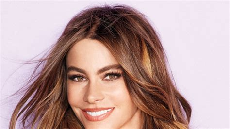 sofia vergara eyes sofia vergara s beauty must haves instyle