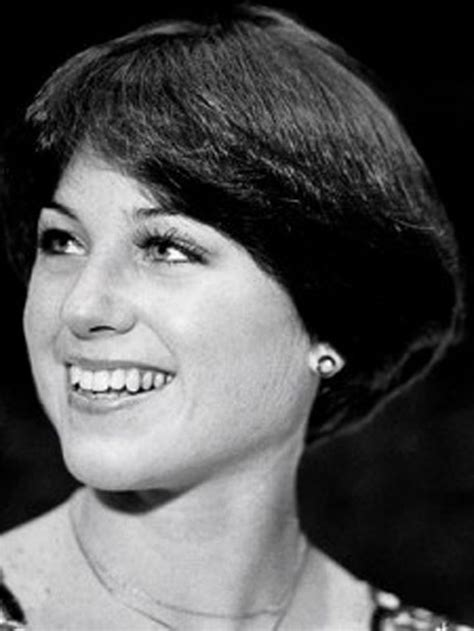 dorothy hamill haircut from the back short wedge hairstyles short bob wedge haircut back view