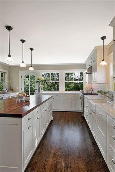 kitchen floors cabinets