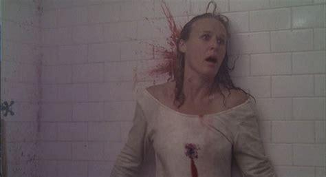 rules of attraction bathtub scene glenn close got concussion filming violent fatal