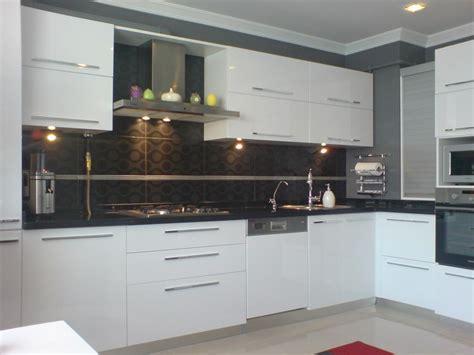 10 6 Ev L by Beyaz Mutfak Dolab箟 Modelleri 214 Nerileri Ve Fikirleri