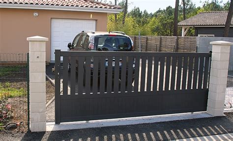 Installer Un Portail Coulissant 3830 by Diy Poser Un Portail Coulissant En Aluminium