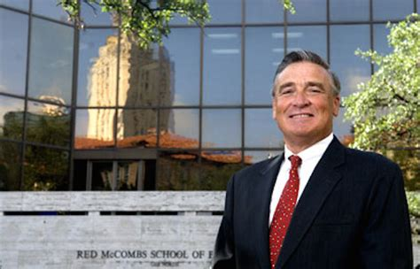 Mccombs Mba Dean by Mccombs Dean Leaving For Hoover Institution