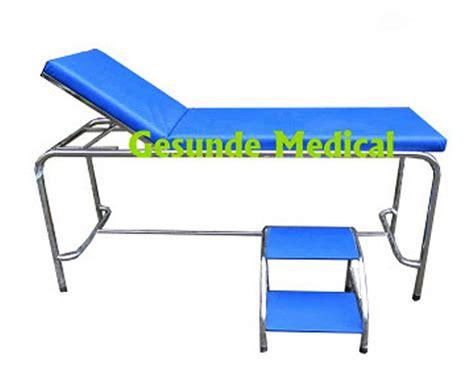 Ranjang Periksa ranjang periksa untuk pasien
