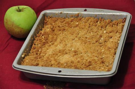 best apples for apple crisp recipe best apple crisp wishes and dishes