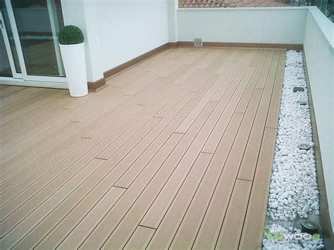 pavimenti terrazze awesome pavimento in legno composito su terrazza with