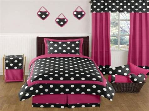 hot pink and black bedroom ideas 17 hot pink room decorating ideas for girls