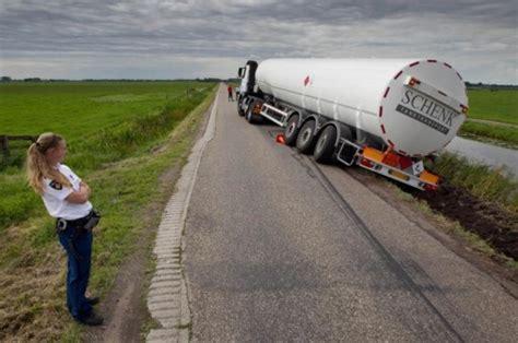 Schenk Auto by Zeldzaam Incident Ttm Nl